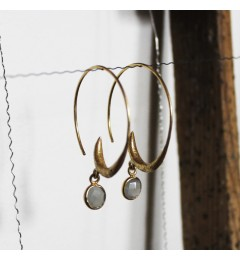 Enough Chanh earring - grey moonstone