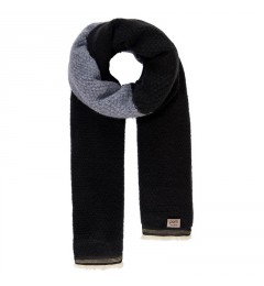 Pom A. Knitted shawl black